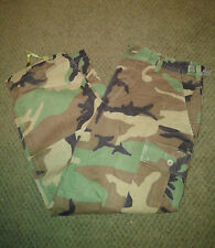 Military Surplus Woodland Camo Uniform BDU Pants Army Medium XShort M - XS EUC