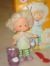 Strawberry Shortcake Friend Angel Cake Doll with Skunk Pet Box Comb Shoes Lot
