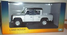 UNIVERSAL HOBBIES LAND ROVER DEFENDER 110 PICK UP DOUBLE CAB 1:18 SILVER BLACK