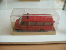 """Old Cars Fiat Iveco """"Service Departemental D'incendie in Red on 1:43 in Box"""