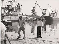 COSTA GAVRAS - Jacques PERRIN - TOURNAGE - CAMERA Photo Presse Originale Z