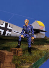 ANDREA MINIATURES SW-06 SKY WARRIOR - GERMAN PILOT AT REST II - 1/48 WHITE METAL