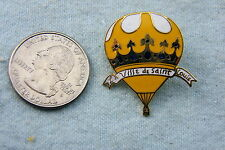 HOT AIR BALLOON PIN LA VILLE DE SAINT LOUIS