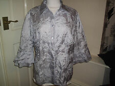 SILVER SILK LOOK EMBROIDED PAISLEY AND FLOWERS BLOUSE SIZE 16