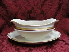 Syracuse Wayne, Maroon Band, Gold Encrusted: Gravy Boat w/ Attached Underplate