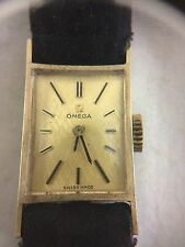 Beautiful Vintage 14K Gold Omega Swiss Ladies Wristwatch 17 Jewels