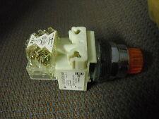 SQUARE D 9001 K 2 L 36 lyah 13 Pulsante illuminato ambra 1 blocco di contatto NO/NC