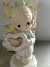 PRECIOUS MOMENT FIGURINE - HOME IS WHERE THE HEART IS - 325481 - LIMITED