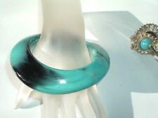 VINTAGE TURQUOISE CELLULOID BANGLE BRACELET IN GIFT BOX
