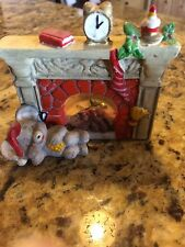 ADORABLE CERAMIC CHRISMAS FIREPLACE WITH SLEEPING MOUSE  FIGURINE