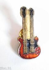 Pin's Guitare Double Manche
