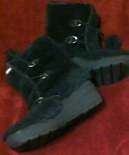 Juicy Couture Black Fuzzy Pom Pom Winter Stylish Boots Sz 10