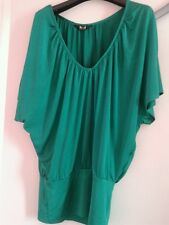 Emerald Shiny Green Satin effect batwing top size 10 - 12 stunning top VGC