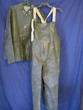 VTG Jacket & Overalls WATERPROOF RAIN WEATHER Hunting/Army? OD GREEN Poncho L/XL