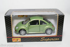 MAISTO SUPERIOR VW VOLKSWAGEN NEW BEETLE KAFER GREEN MINT BOXED