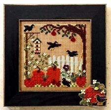 Mill Hill Buttons Beads Counted Cross Stitch Kit ~ PUMPKIN PATCH Sale #14-6201