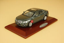 1:43 Toyota Camry 2008 dark green color (paint isn't perfect)