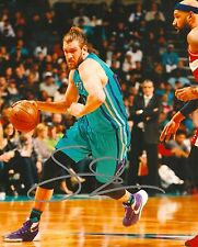 SPENCER HAWES signed CHARLOTTE HORNETS 8X10 PHOTO COA