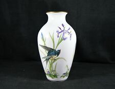 Beautiful Franklin Porcelain Vase - The Meadowland Bird - Limited Edition 1980