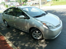 Toyota: Prius HYBRID LOADED! 2ND-OWNER! CLEAN CARFAX! NO ACCIDENTS