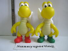 2 PCES NINTENDO SUPER MARIO Flying Koopa Troopas FIGURES GREEN AND RED