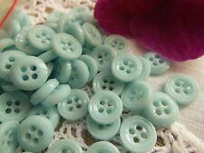 lot 12 boutons anciens pâte de verre bleu ciel tendre 2 trous 1 cm layette R1066