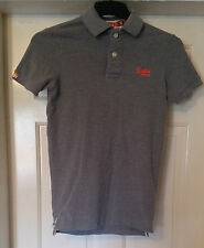 MEN'S SUPERDRY POLO SHIRT LIGHT GREY ORANGE EMBLEM 2 BUTTONS COLLARED UK SIZE S