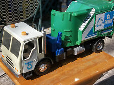 "LARGE 25"" Long -Hasbro Tonka ""GO GREEN""  GARBAGE TRUCK Lights & Sounds WORKS"