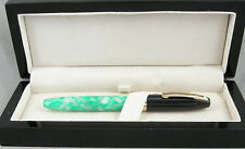 Sheaffer Legacy Fantasy Creme de Menthe & Black Cap Fountain Pen -18kt Gold Nib