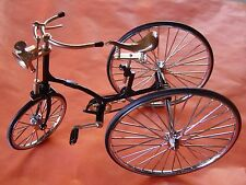 J, MINI BICYCLE DECORATIVE COLLECTIBLE COLLECTION, DIE CAST METAL BIKE. TRICICLO