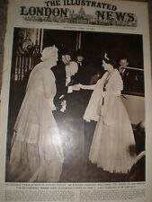 Photo article Queen elizabeth and Winston churchill Downing Street 1955 ref Z