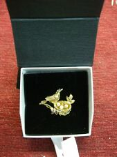 1983 FRANKLIN MINT MOTHER'S DAY BROOCH -LOVELY BIRD 2/NEST & EGGS - STERLING/24K