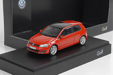 2013 Volkswagen VW Golf VII 7 / 3-door red rot 1:43 Herpa Dealer