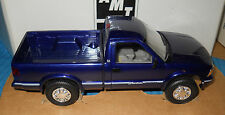 AMT 1996 GMC Sonoma 4x4 Pickup-Promo-New-Model Car Swap Meet