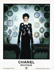 PUBLICITE ADVERTISING 054  1989  CHANEL  haute couture  Inès de la Fressange