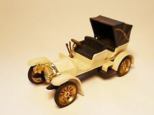 Mercedes Simplex 1901 in creme, GAMA in 1:43? 1:36? Modell ist 10 cm lang!