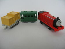 JAMES and CARGO Motorised Battery Engine Wooden Train Track ( Brio Thomas Tomy )