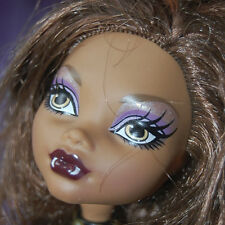 Clawdeen Wolf Wave 1 doll Monster High + pet cat Crescent purse LOOSE lot