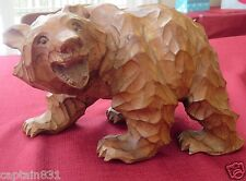 Japanese Large Wood Chipped-Carved Grizzly Bear signed artist nice patina detail