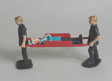STRETCHER BEARERS & PATIENT for Scalextric Airfix Ninco SCX Fly & More! 1.32