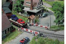 Faller 120172 HO 1/87 Passage à niveau - Guarded level crossing