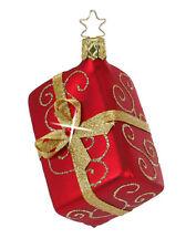 Inge Glas Christbaumschmuck Liebevoll Verpackt Geschenk rot rotes Geschenkchen