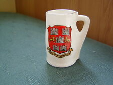CITY OF WINCHESTER CREST - WINCHESTER COLLEGE JACK - MATCHING GOSS CRESTED CHINA