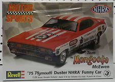 DRAG FUNNY CAR 1975 PLYMOUTH DUSTER MONGOOSE NAVY MOPAR RACING REVELL MODEL KIT