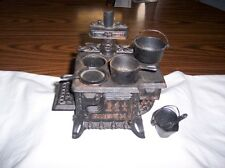 VINTAGE QUEEN CAST IRON SALEMAN'S SAMPLE MINIATURE STOVE WITH ACCESSORIES!
