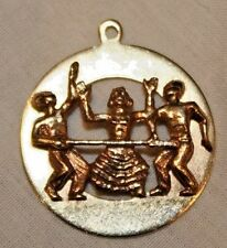Vintage 14K Yellow Gold Jamaica Limbo Party Circle Charm