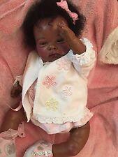 Bebé Reborn impresionante étnico nueves o Donil esculpir con cabello humano Afro