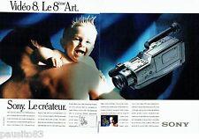 PUBLICITE ADVERTISING 116  1988  Sony (2p)  caméra  Handycam  Vidéo 8