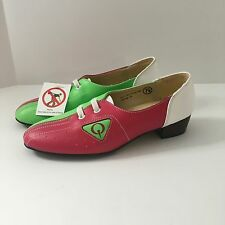 NEW Eye Catcher Women's Pink Green White Fashion Hipster Bowling Type Shoes 7.5