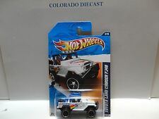 2011 Hot Wheels #133 White Toyota Land Cruiser FJ40